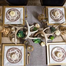 Traditional  by Amanda Carol Interiors