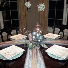 Traditional Dining Room by Maria Pifke for Ethan Allen Inc. Schaumburg