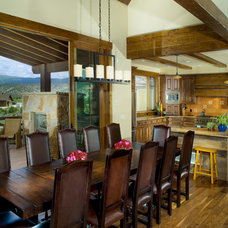 Traditional Dining Room by PATH21 Architecture