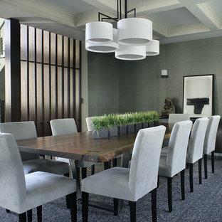 Exemple d'une grande salle à manger tendance avec un mur gris, un sol en bois foncé et aucune cheminée.