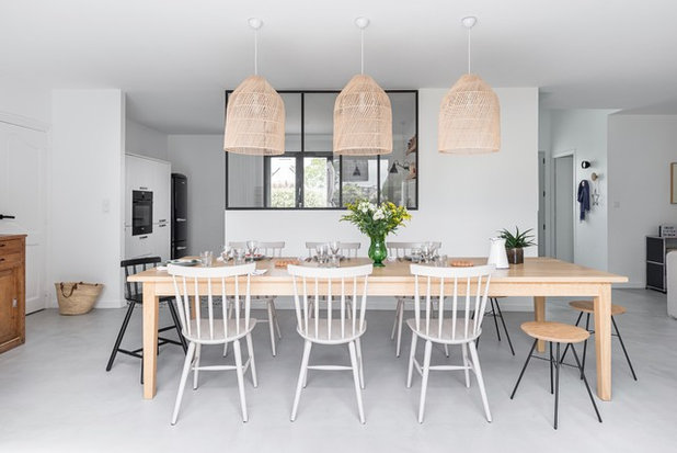 Scandinavian Dining Room by Into interior design