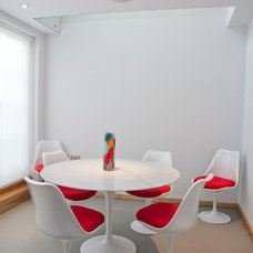 Modern Dining Room by Godsmark Architecture