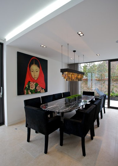 Contemporary Dining Room by Sacha Jacq Interiors LLC