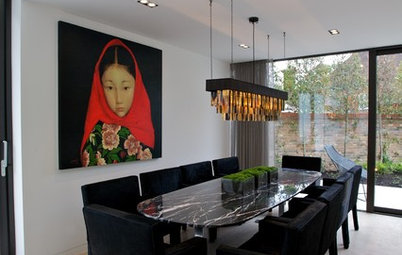 How to Wow Your Guests With a Dramatic Dining Room