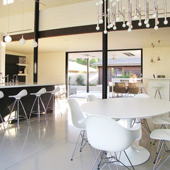 modern dining room by Tara Bussema