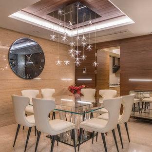 Idee per una sala da pranzo contemporanea di medie dimensioni e chiusa con pavimento beige e pareti marroni