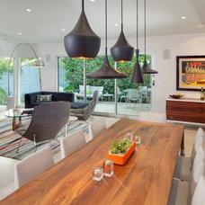 Modern Dining Room by hughesumbanhowar architects