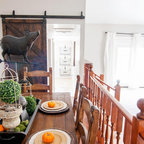 Traditional Colonial Farmhouse Dining Room