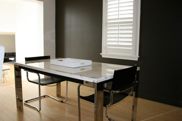 Contemporary Dining Room by Ieteke
