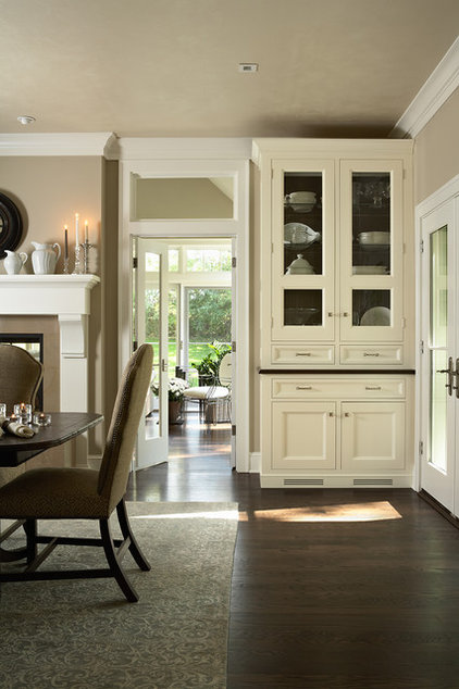 Traditional Dining Room by Casa Verde Design