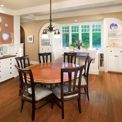 traditional dining room by Visbeen Associates, Inc.