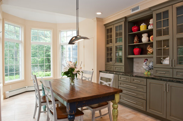 Traditional Dining Room by Keith Stowby