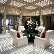 Traditional Dining Room by Harriet Robinson Represents