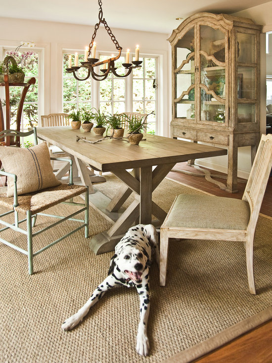 Rug Under Dining Table Home Design Ideas Pictures Remodel And Decor - Rug under dining room table