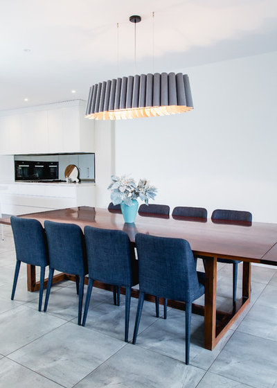 Contemporary Dining Room by Suzi Appel Photography