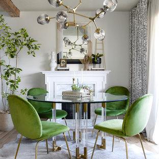 Esempio di una sala da pranzo contemporanea