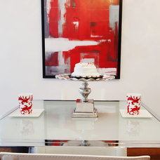 Contemporary Dining Room by Jennifer Backstein Interiors