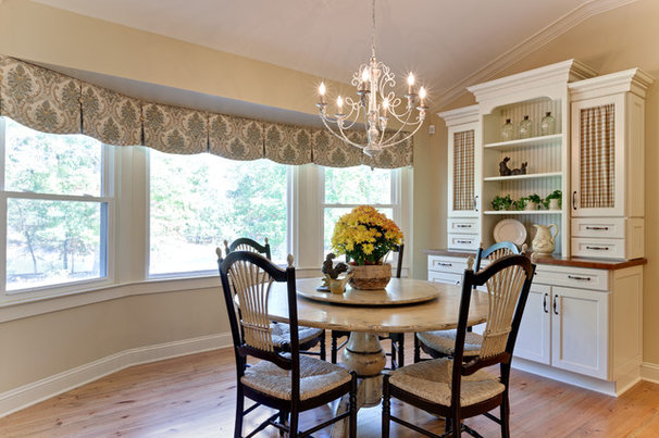 Farmhouse Dining Room by Turan Designs, Inc.