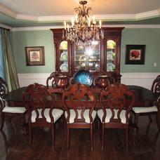 Traditional Dining Room Juawanna Schuller