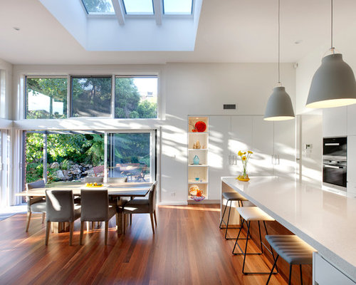 This Is An Example Of A Contemporary Kitchen/dining Combo In Canberra    Queanbeyan With Part 75
