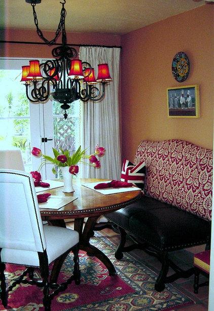 Traditional Dining Room Katrina55