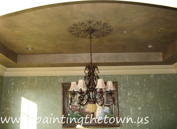 Traditional Dining Room by Painting the Town, Inc.