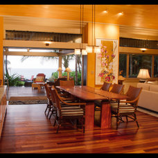 Tropical Dining Room by Dinmore & Cisco Architects, Inc.