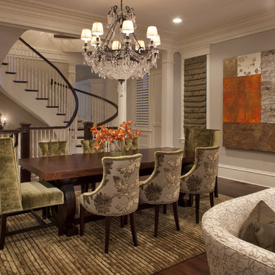 Example of a classic great room design in Chicago