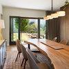 木製ダイニングテーブルの選び方と手入れの方法
