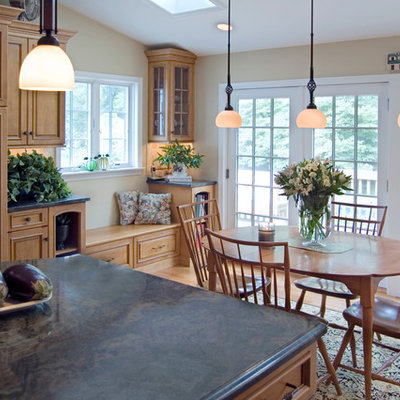 Kitchen/dining room combo - traditional medium tone wood floor kitchen/dining room combo idea in Philadelphia with beige walls