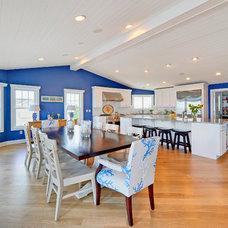 Beach Style Dining Room by Echelon Custom Homes