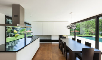 kitchen benchtops with black tones