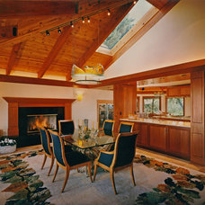 Traditional Dining Room by Jochum Architects