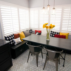 Traditional Dining Room by puertasdesign
