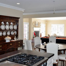 Traditional Dining Room by Center Island Contracting Inc.