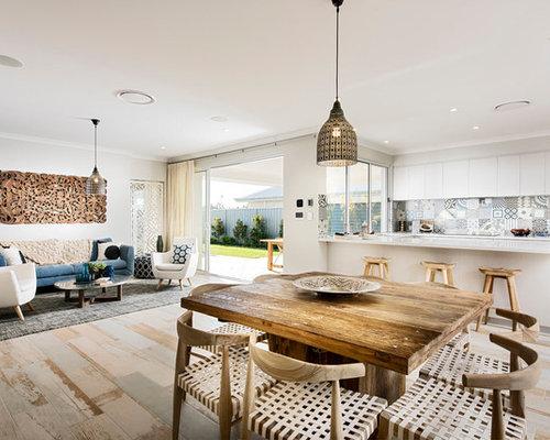 Cottage style windows. bluestone terrace skandinavische esszimmer ...