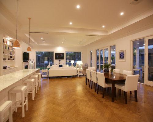 maritime esszimmer mit kaminsims aus holz design ideen. Black Bedroom Furniture Sets. Home Design Ideas