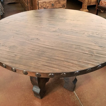 Knotty Alder Wood Round Dining Table