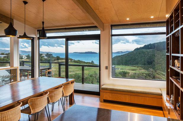 Dining Room by Tse:Wallace Architects Ltd