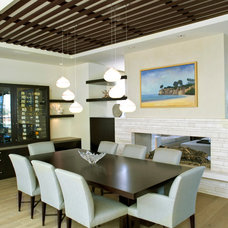 Beach Style Dining Room by O plus L