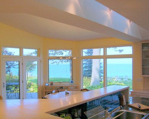 sala da pranzo contemporanea con pareti gialle foto idee arredamento. Black Bedroom Furniture Sets. Home Design Ideas