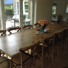 Farmhouse Dining Room by LakeandMountainHome