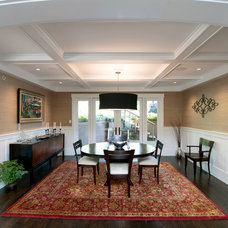 Craftsman Dining Room by Onju Updegrave Architect AIA