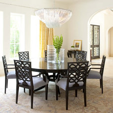 Traditional Dining Room by Institute of Classical Architecture & Art - Texas