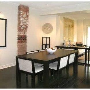トロントの中くらいのモダンスタイルのおしゃれなLDK (白い壁、濃色無垢フローリング、暖炉なし、黒い床) の写真