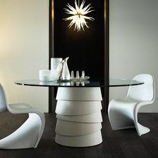 Contemporary Dining Room by Casa Spazio