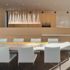 Modern Dining Room by Ibarra Rosano Design Architects