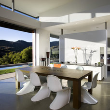 Modern Dining Room by Abramson Teiger Architects