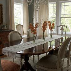 Traditional Dining Room by Roya De Vries Interior Design