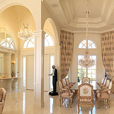 Traditional Dining Room by Monte Cristos of England